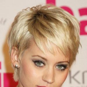 Natural Blonde Teenage Capless Short Human Remy Hair Wig