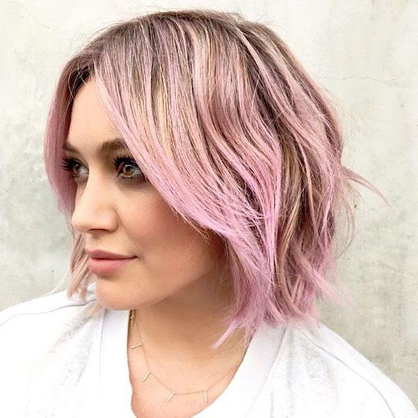 Pastel Pink Wavy Bob Hairstyle