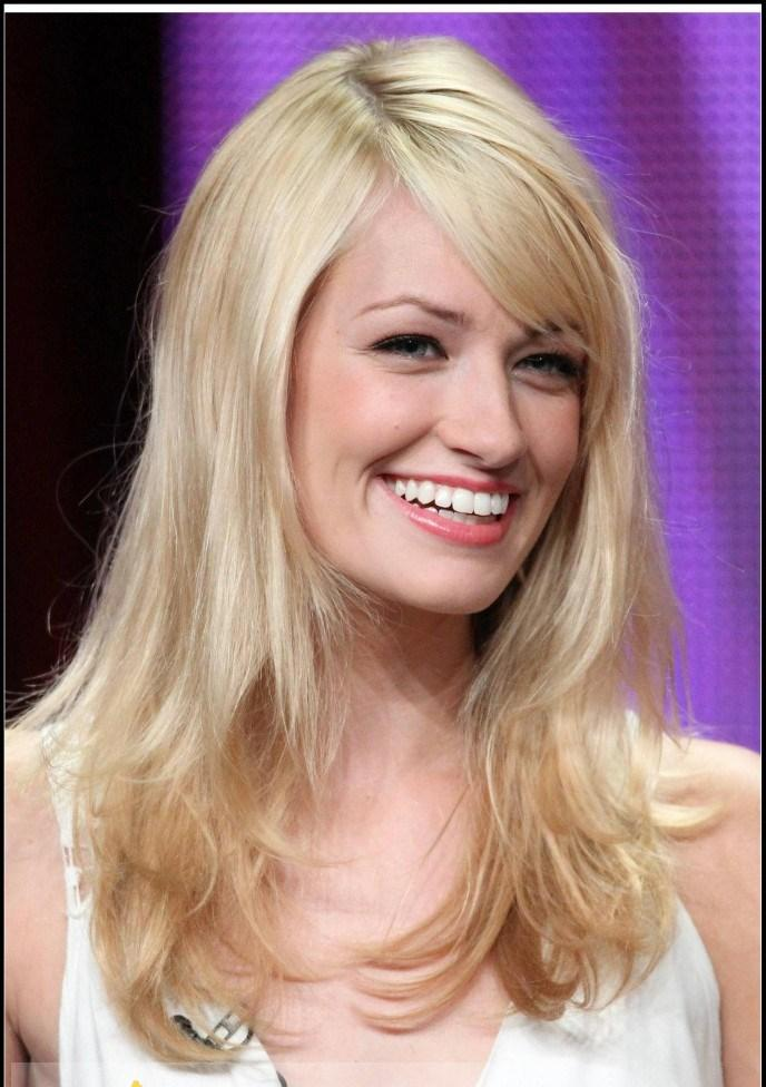 Beth Behrs Natural Hair Color
